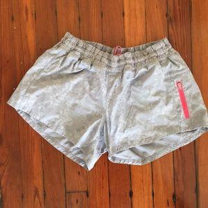 Lululemon size 12 shorts